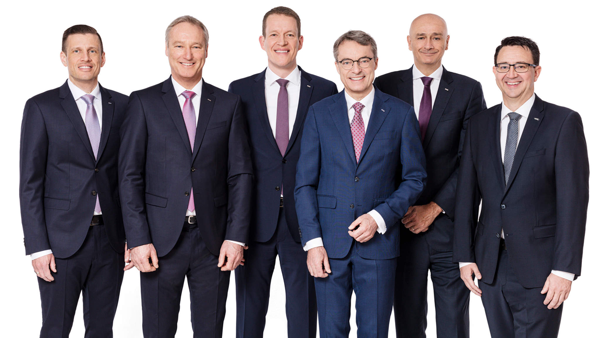 v.l.n.r: Alexander Tonn, Managing Director European Logistics Germany (ab 1.1.2021 COO Road Logistics), Michael Schilling, COO Road Logistics; Burkhard Eling, CFO (ab 1.1.2021 CEO); Bernhard Simon, CEO; Edoardo Podestà, COO Air & Sea Logistics; Stefan Hohm, Corporate Director Corporate Solutions, Research & Development